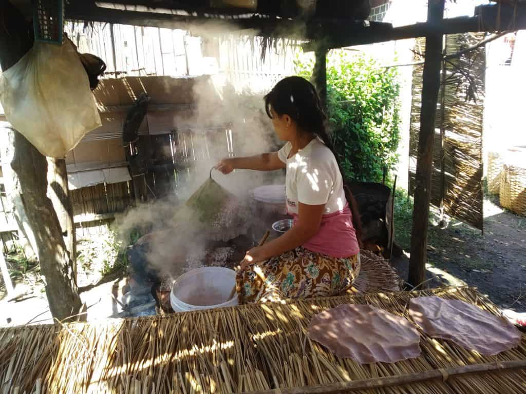 Traditional cooking in Inle Lake