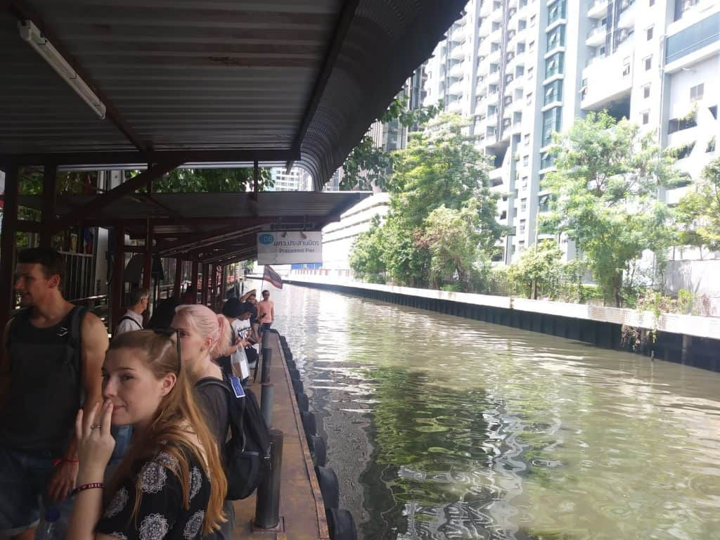 Khlong canal taxi pier